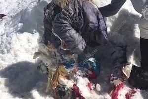 Tìm thấy thi thể đóng băng, gần như còn nguyên vẹn của nhà leo núi mất tích cách đây 31 năm
