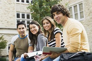 Lý do khiến Pháp hấp dẫn sinh viên quốc tế