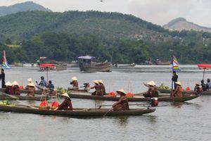 Độc đáo nghi lễ cung tiến thanh trà vào hoàng cung xứ Huế