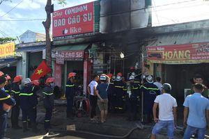 Cháy cửa hàng bán đồ thể thao tại Đà Nẵng