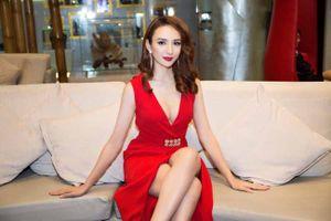 Ngọc Diễm biến hóa trong loạt váy dạ hội của NTK Minh Tú