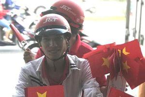 Đà Nẵng: Tặng hàng nghìn lá cờ, băng rôn tiếp sức U23 Việt Nam