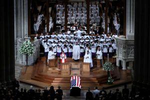 Toàn cảnh tang lễ nghị sỹ John McCain: Những hình ảnh còn mãi