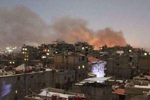 Nhiều tiếng nổ rền vang thủ đô Syria giữa lúc nghi Mỹ sắp không kích