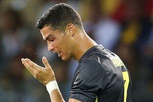 Ronaldo gây thất vọng, Juventus thắng chật vật Parma 2 - 1