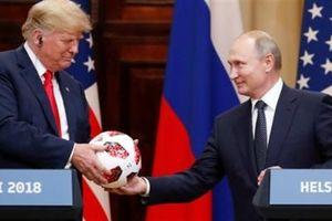 Mỹ đang tự ti và run sợ trước Nga?