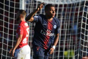 Mbappe tỏa sáng, PSG thoát hiểm trên sân 'tí hon' Nimes