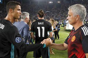 Mourinho yêu cầu sếp lớn MU không chiêu mộ Ronaldo