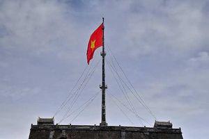 Người 18 năm treo cờ Tổ quốc ở Kinh thành Huế