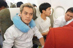 Những tiết lộ về đội tuyển Olympic Việt Nam trên chuyến bay về nước