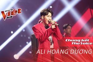 Ali Hoàng Dương trở lại sân khấu The Voice, 'lợi hại hơn xưa' với ca khúc mới 'Chậm một phút'