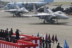 Nhật Bản đề xuất tăng ngân sách quốc phòng: Mũi tên trúng nhiều đích