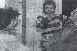 Câu chuyện bé gái bị nhốt sống chung với gà suốt nhiều năm khiến Đệ nhất phu nhân Bồ Đào Nha phải can thiệp và sự thật không ai ngờ