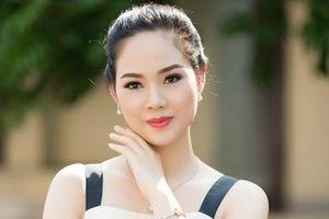Hoa hậu Việt Nam 2002 Mai Phương tiết lộ bị khủng hoảng khi đăng quang ở tuổi 17