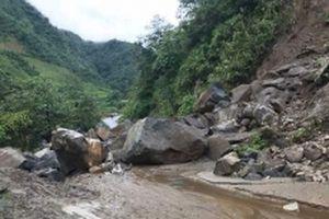 Ba người chết và mất tích, giao thông tắc nghẽn do mưa lũ tại Lai Châu