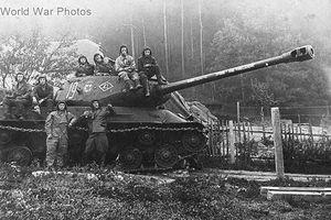 Xe tăng IS-2: Mũi tên sắt phá vỡ phòng tuyến thép Berlin