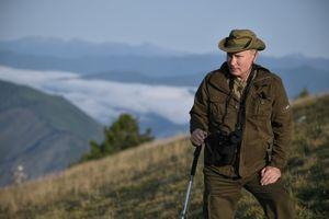 Ủng hộ giảm, Tổng thống Putin phải lùi bước trong kế hoạch tăng tuổi về hưu