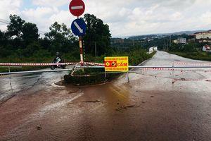 Đắk Nông: Đường nội thị bị nứt ảnh hưởng đến việc đi lại của người dân