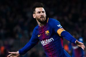 Messi cần làm gì sau cú sốc bị gạt khỏi danh sách The Best?