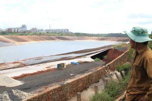 Nhà máy Alumin Nhân Cơ: Sụt lún đất gần hồ bùn đỏ