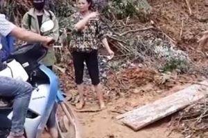 Sự thật clip tố công an xã 'bảo kê' thu tiền xe máy qua đường sạt lở ở Yên Bái