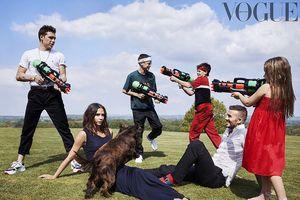 Ảnh đẹp hiếm hoi của gia đình nhà Becks lần đầu trên Vogue