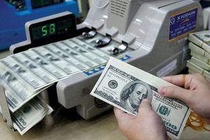 USD tăng mạnh sau kỳ nghỉ lễ