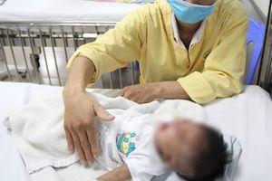 Sởi hoành hành ở các tỉnh phía Nam, nhiều bệnh nhi nhập viện