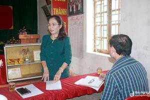 Phó Trưởng ban Tổ chức Tỉnh ủy dự sinh hoạt chi bộ tại Anh Sơn