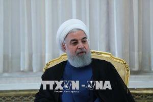 Iran quyết xuất khẩu dầu thô bất chấp biện pháp trừng phạt của Mỹ