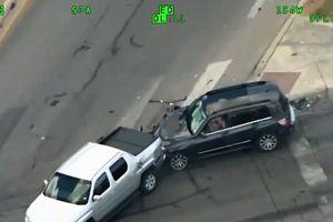 Clip: Cảnh sát Mỹ truy đuổi bà mẹ một con như phim hành động