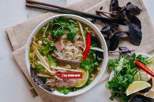 Cách nấu phở bò tái kiểu Hà Nội đúng chuẩn nhà hàng, cả nhà 'đổ gục' vì quá ngon