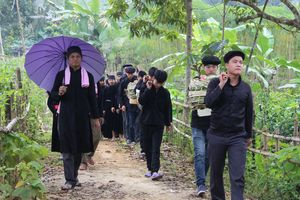 Hà Giang: Độc đáo nghi lễ hát Quan làng trong Lễ cưới của người Tày ở Tùng Bá