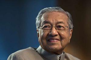 Thủ tướng 93 tuổi của Malaysia tiết lộ thời hạn chuyển giao quyền lực