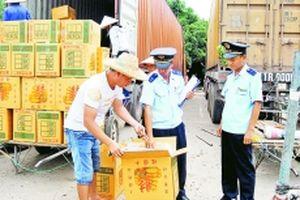 Chống buôn lậu ở vùng biên Móng Cái