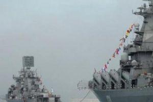 Vì sao Nga đưa dàn tàu chiến hùng hậu đến Syria lúc 'nước sôi lửa bỏng'?
