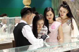 Vào nơi chế tác vương miện Hoa hậu Việt Nam