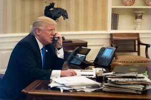 Cựu cố vấn từng lén lấy tài liệu từ bàn làm việc của ông Trump?