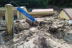 Nhiều trường học bị sạt lở, vùi lấp trước ngày khai giảng ở Thanh Hóa