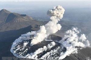 Mỹ: Núi lửa lớn nhất ở bang Alaska đã hoạt động trở lại