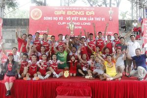 Kịch tính Giải bóng đá dòng họ Vũ-Võ Việt Nam Cup Hoàng Long 2018