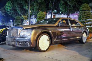 Cận cảnh Bentley Mulsanne EWB 2018 đầu tiên tại Việt Nam