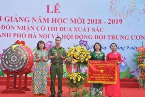 Long Biên: Hơn 72.000 học sinh hân hoan đón chào năm học mới