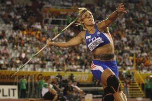 Hai ngôi sao điền kinh Nga bị tước huy chương thế giới vì dính doping
