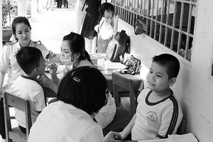 Phấn đấu tất cả học sinh, sinh viên tham gia BHYT