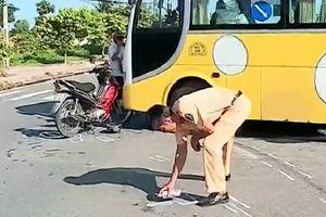 Xe khách tông xe máy khiến một người tử vong