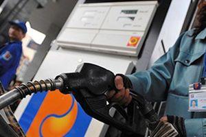 Giá xăng điều chỉnh tăng nhẹ