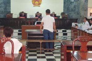 Kỳ án hiếp dâm 'một bị hại, hai bị cáo' ở An Giang: Hồ sơ có dấu hiệu bị cạo rửa?
