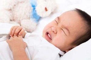Trẻ bị tiêu chảy, bố mẹ nên cho con ăn gì để chóng khỏi?