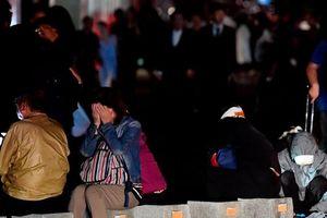 Động đất mạnh 6,7 độ richter chôn vùi nhiều nhà cửa tại Nhật Bản